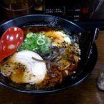 麺屋 一矢 - とんこつ黒らーめん+鶏飯