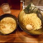 麺食い 慎太郎 - 魚介豚骨つけ麺 ¥790