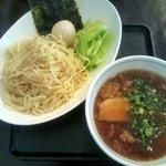 ラーメンハウス ハンリュウ - 牛スジつけ麺 850円