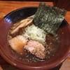 吉山商店 - 料理写真:しょうゆラーメン750円