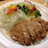 コション - 料理写真:日替わり(挽肉入りポークピカタ 白胡麻しょうゆ)