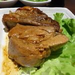 包龍 - 五香風味のスペアリブ