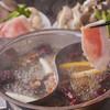 ベリーベリー - 料理写真:上州麦豚の四川火鍋