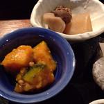 博多もつ鍋 くし田 - 煮物