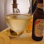 ペルケノー - グラスワインは軽いもの500円からお安い