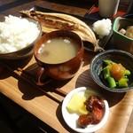 ヨリドコロ - さんまの干物定食