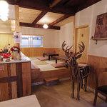 キャラメル - 古い民家をきれいにリノベーションしたカフェ