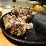 Rans the Sun & Moon - 黒毛和牛100% Ransの自家製ハンバーグステーキ