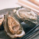 さけくら - 旬の牡蛎(三陸岩手産と広島牡蛎を使い分け)
