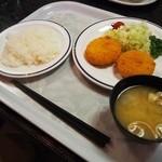 レストラン 父島 -