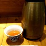 天吉屋 - お茶はセルフです。