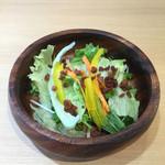 ガレット・カフェフェアリーハウス - ランチのサラダ