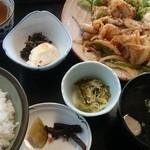 よし川 - 生姜焼き定食