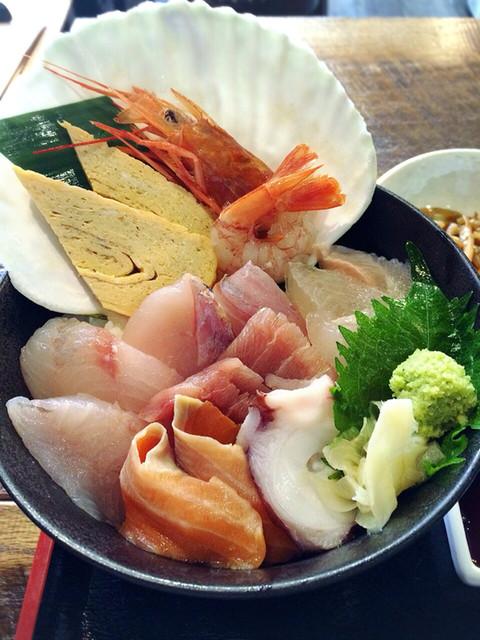 産直鮮魚とマグロの明神丸