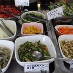 がごめ家 - ランチタイムの【ランチ】サラダやがごめ昆布使用のお惣菜