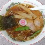 東京ラーメン本丸 - 料理写真:東京ラーメン