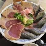 魚盛 - 炙り秋刀魚と漬け鮪丼