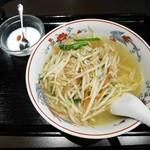 楽膳 - もやしそば¥580(本日のサヒース・通常¥750)