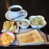 杏樹 - 料理写真:ブレンドコーヒーとバタートーストセット