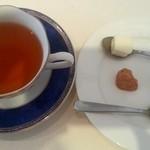 43629251 - 紅茶とお茶菓子