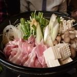 えん屋 - 豚はりはり生姜鍋
