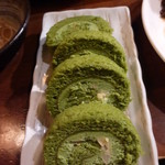 えん屋 - 抹茶ロールケーキ