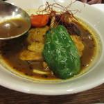 キタカレー - ハウス食品とコラボしたスープカレーに柔らかく煮込んだチキンを入れて仕上げたスープカレーです。