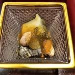 料理屋 植むら - 蒸しアワビに焼き茄子と落花生