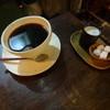 ヘイデンブックス - ドリンク写真:桜フレーバーのコーヒー