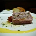 アルピノ - 料理写真:放牧豚と栗のテリーヌ