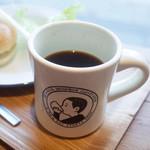 43701028 - ベーグルサンド ドリンクセット(700円)のコーヒー