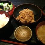 炉端焼 魚然 - 日替り定食(850円)