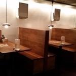 ギューギュー MASA - 奥のテーブル席
