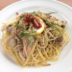 パークサイドカフェ - 秋鮭と焼き葱のパスタ レモンハーブ風味
