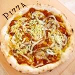 ローズファーム - しか肉のデミグラスソースピザ