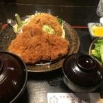 43849330 - 特大ロースカツ定食(ご飯大盛)【料理】