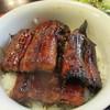 関辻屋 - 料理写真:うな丼一段 4Pサイズ以上で2/3匹 4切れは5P1匹分に相当