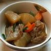 豚太郎 - 料理写真:牛すじと大根の煮込み