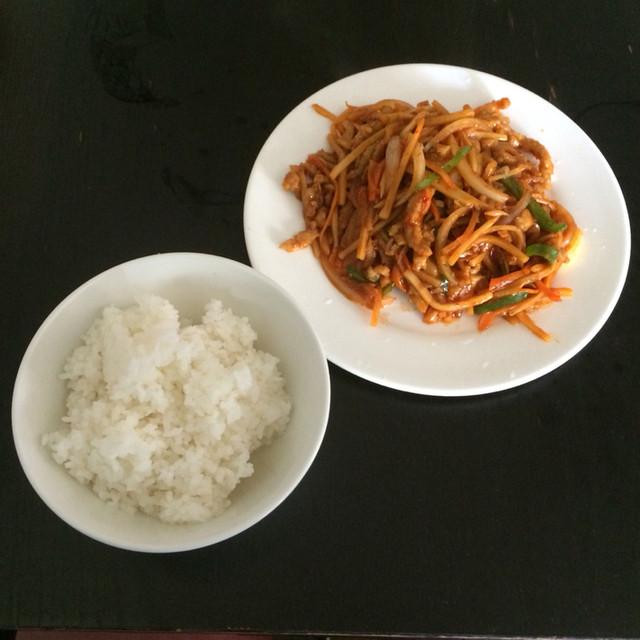 https://tabelog.ssl.k-img.com/restaurant/images/Rvw/43879/640x640_rect_43879968.jpg