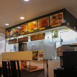 カレー専門店cafe New Delhi - 2015年10月再訪:内装☆