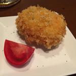 炭火やきとり   富吉 - 蟹クリームコロッケ 450円