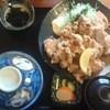 食事処 阿部 - 料理写真:大量過ぎる唐揚げ定食970円