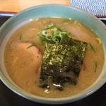 らーめん桃福 - 料理写真:しおらーめん800円