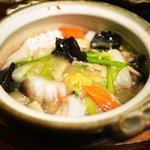 健康中華庵 青蓮 - 香ばしいもち米の海鮮おこげ