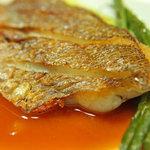 ブラッスリー・グー - 魚料理は姪浜漁港直送の活魚・鮮魚