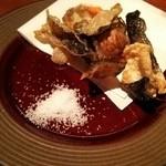 ハーバーズキッチン - 鮭の皮揚