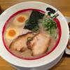石田てっぺい - 料理写真:石田ラーメン煮卵入り