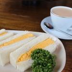 カヤバ珈琲 - タマゴサンドとルシアン