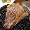 Fresh Seafood Bistro SARU - 料理写真:名物!マグロのグリル、瞬間スモーク