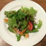 カフェフロッグ - セットのサラダ